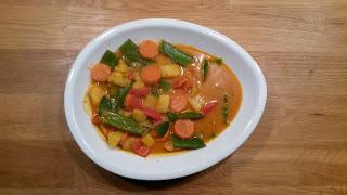 Gelbes Kartoffel-Gemüse Curry