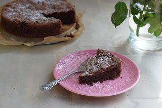 Schokoladiger Mandel-Schokokuchen