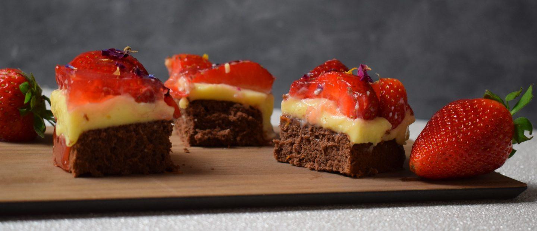 Schoko Vanille Würfel Erdbeeren