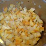 Zucchini anschwitzen