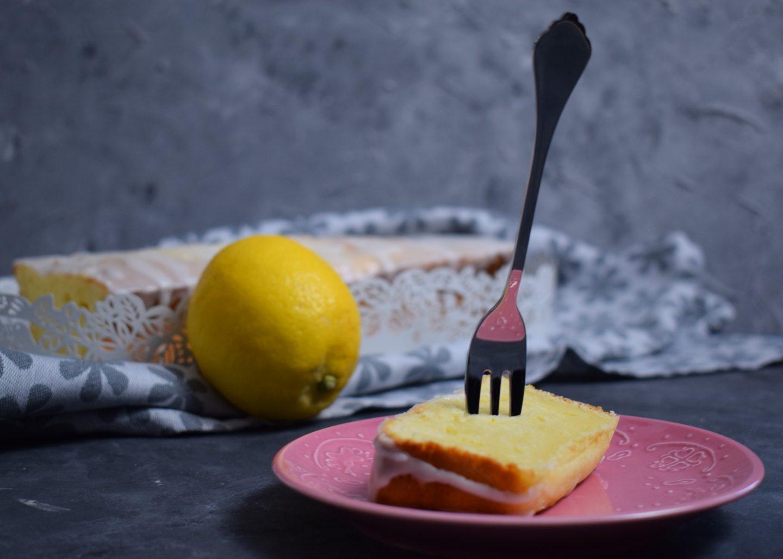 Zitronen Joghurt Kuchen Stück2