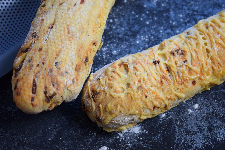 Zwiebel-Speck Baguette