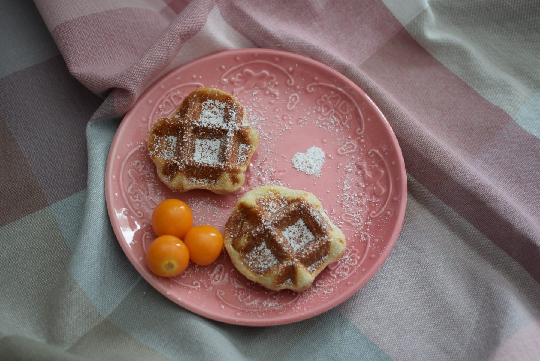 Cinnamon Waffle Bites