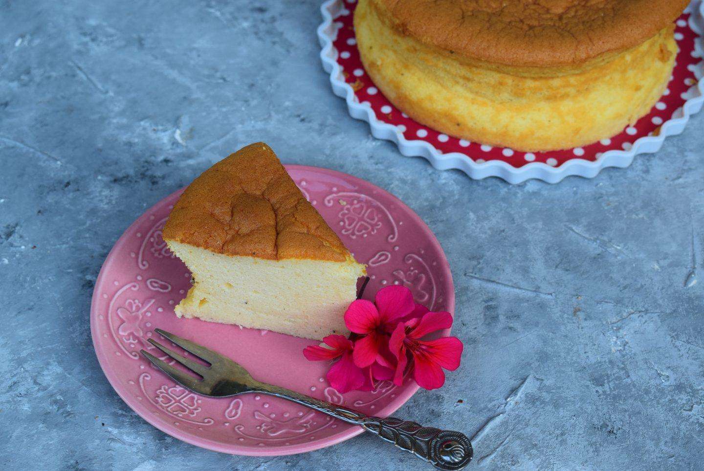 Japanischer Cotton Cheesecake mit feiner Zitronennote