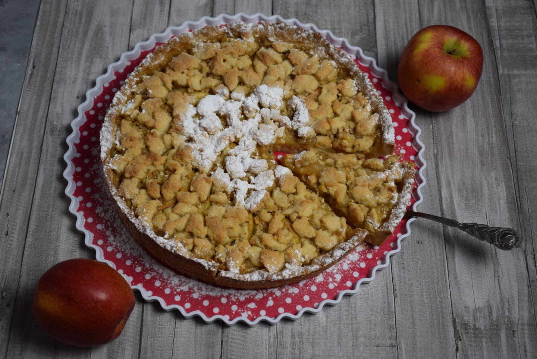 schneller Apfelmus-Streuselkuchen